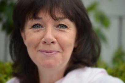 Lorna Ritchie - Dipl.-Psych., Mediatorin BM, zertifizierte Trainerin für Gewaltfreie Kommunikation (CNVC). 15 Jahre Erfahrung als Führungskraft, seit 1995 selbstständige Trainerin, Mediatorin und Coach.