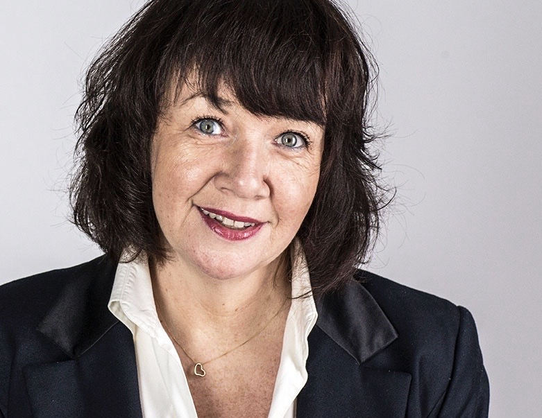 Lorna Ritchie  